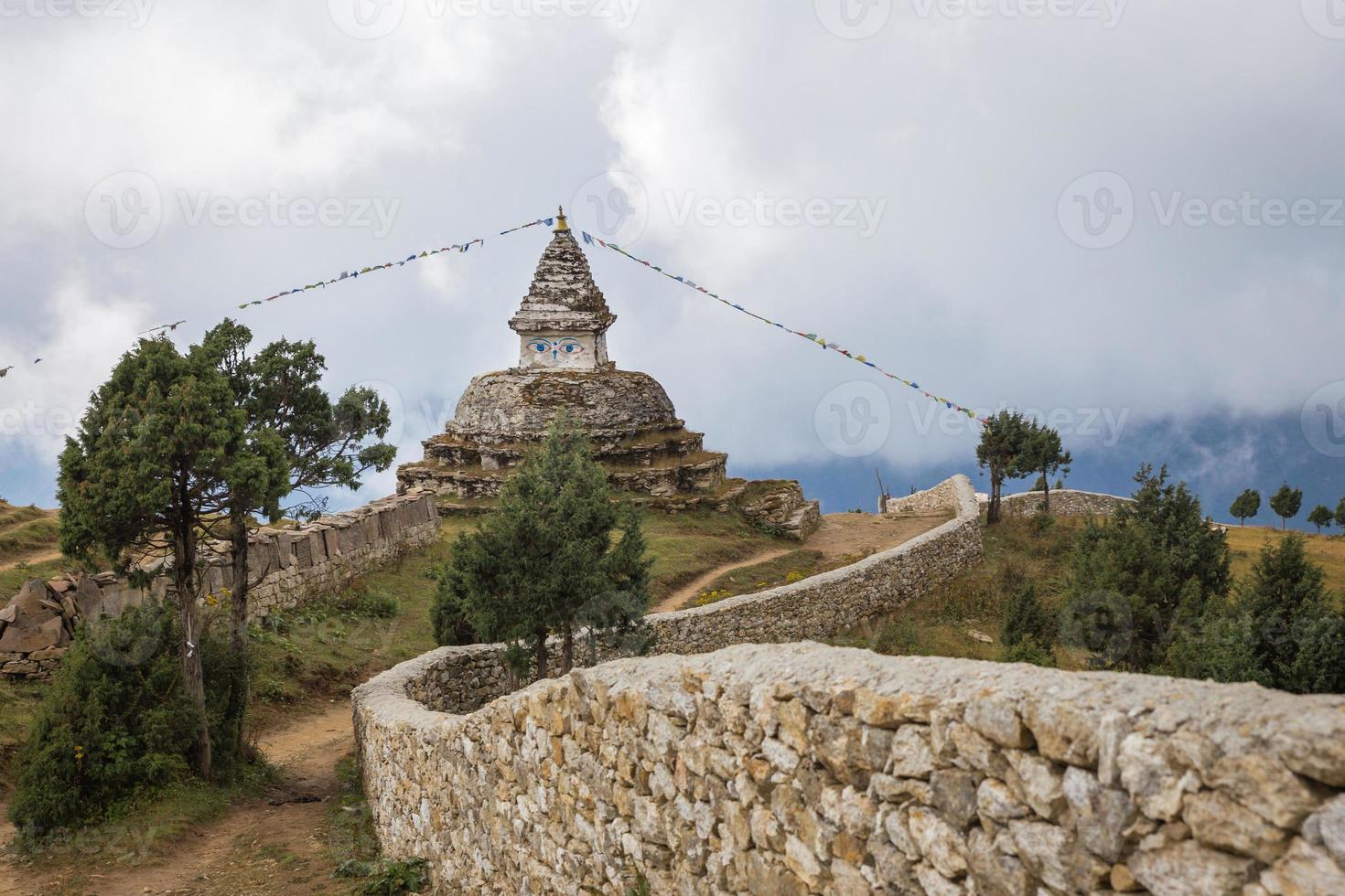 stupa buddista nepalese. foto