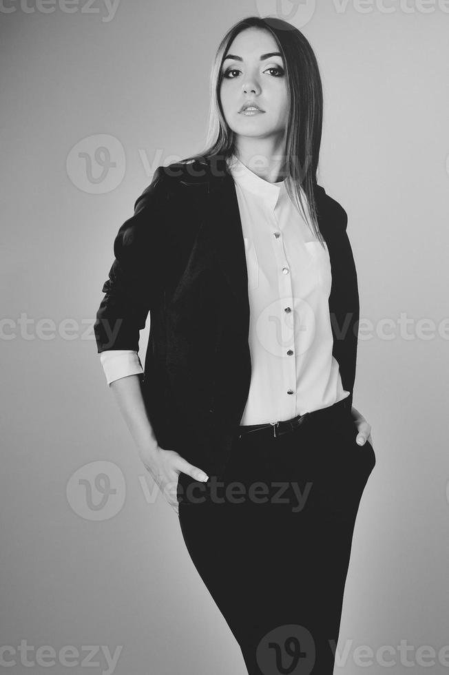 Ritratto di giovane donna caucasica. foto