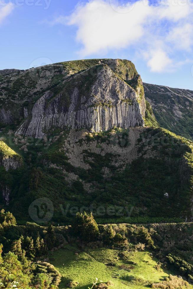 rochas dos bordoes, isola di flores, arcipelago delle azzorre (portogallo) foto
