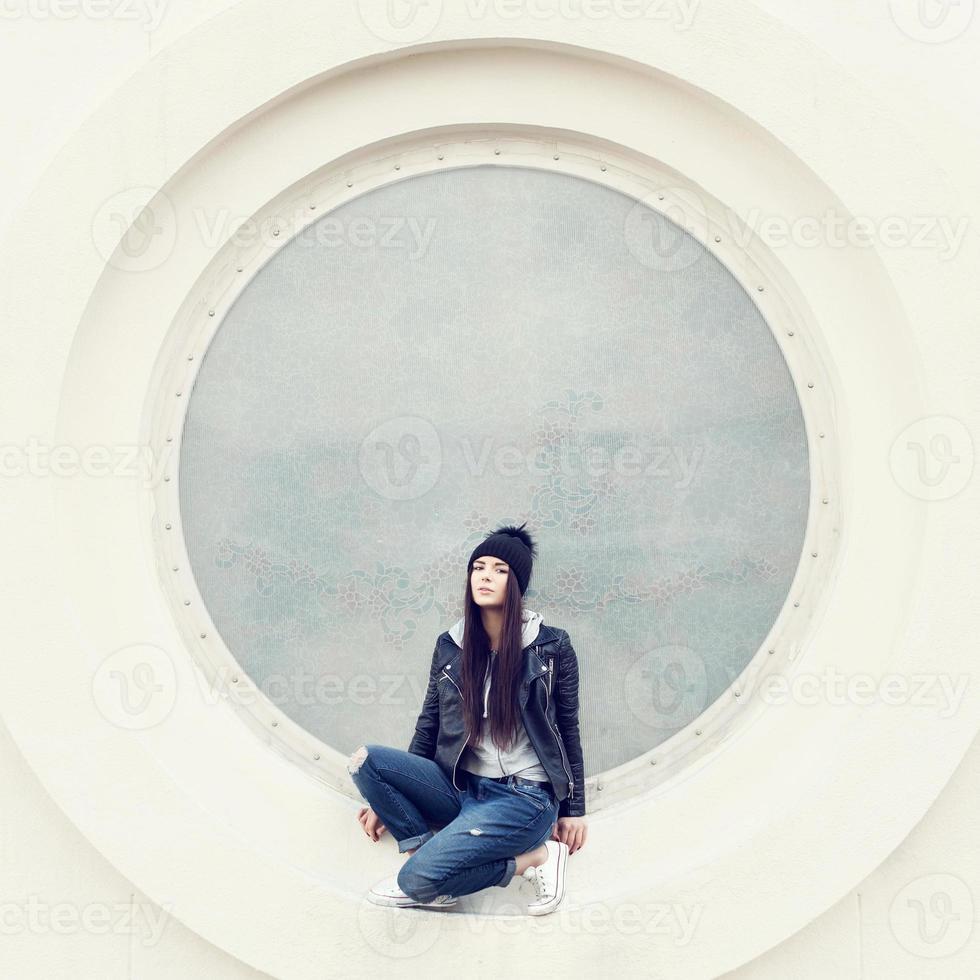 ritratto di un hipster bella ragazza foto