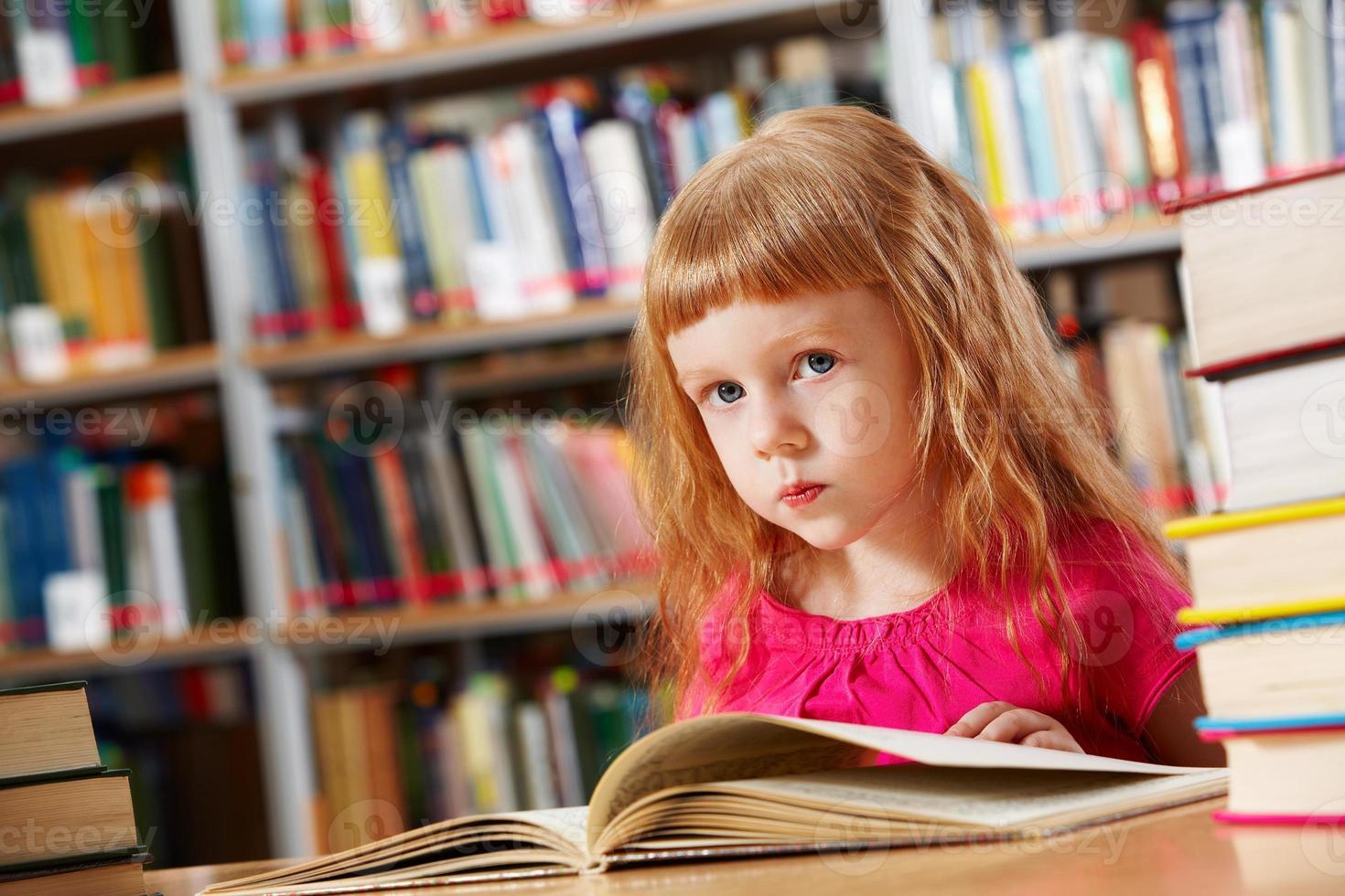 frequentatore della biblioteca foto