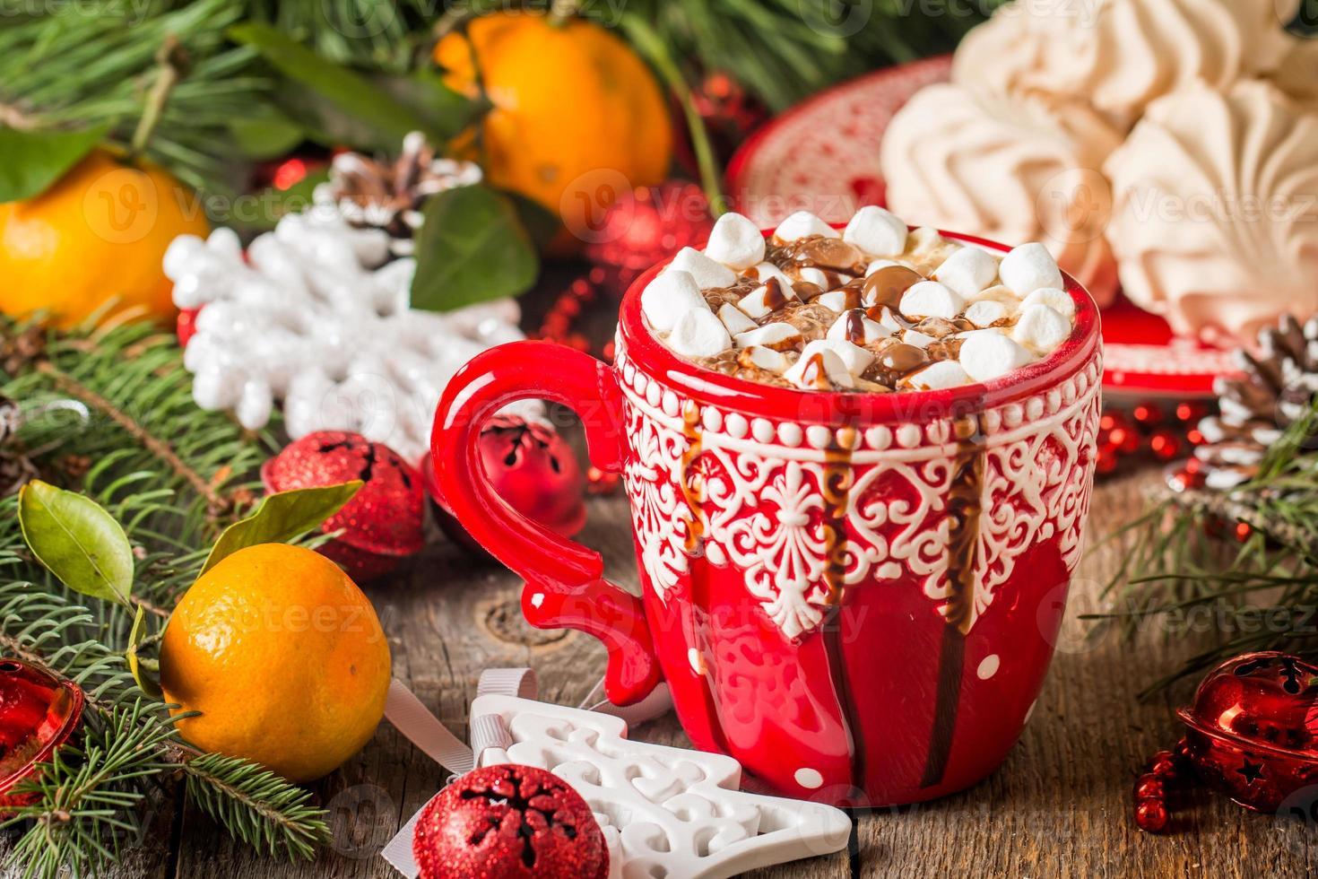 bevanda calda in tazza rossa foto