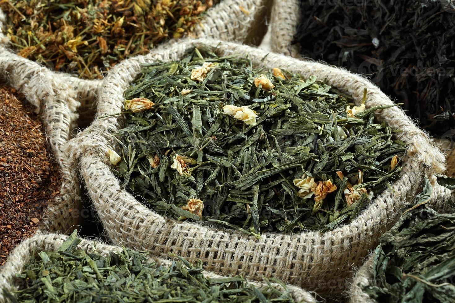 foglia di tè al gelsomino foto