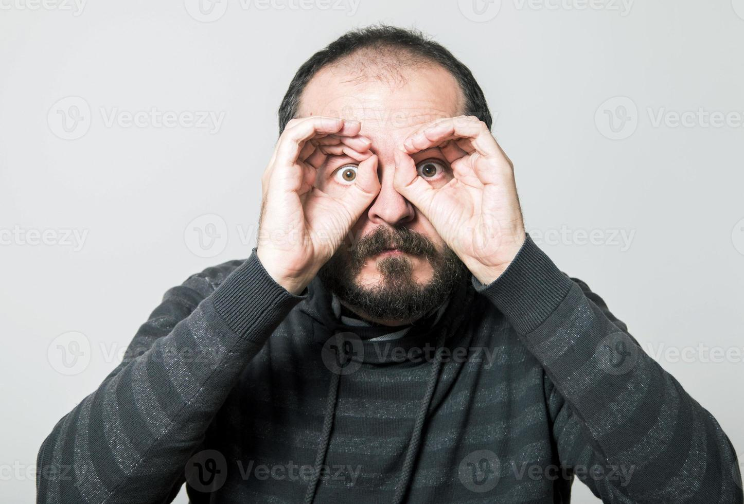 uomo scioccato foto