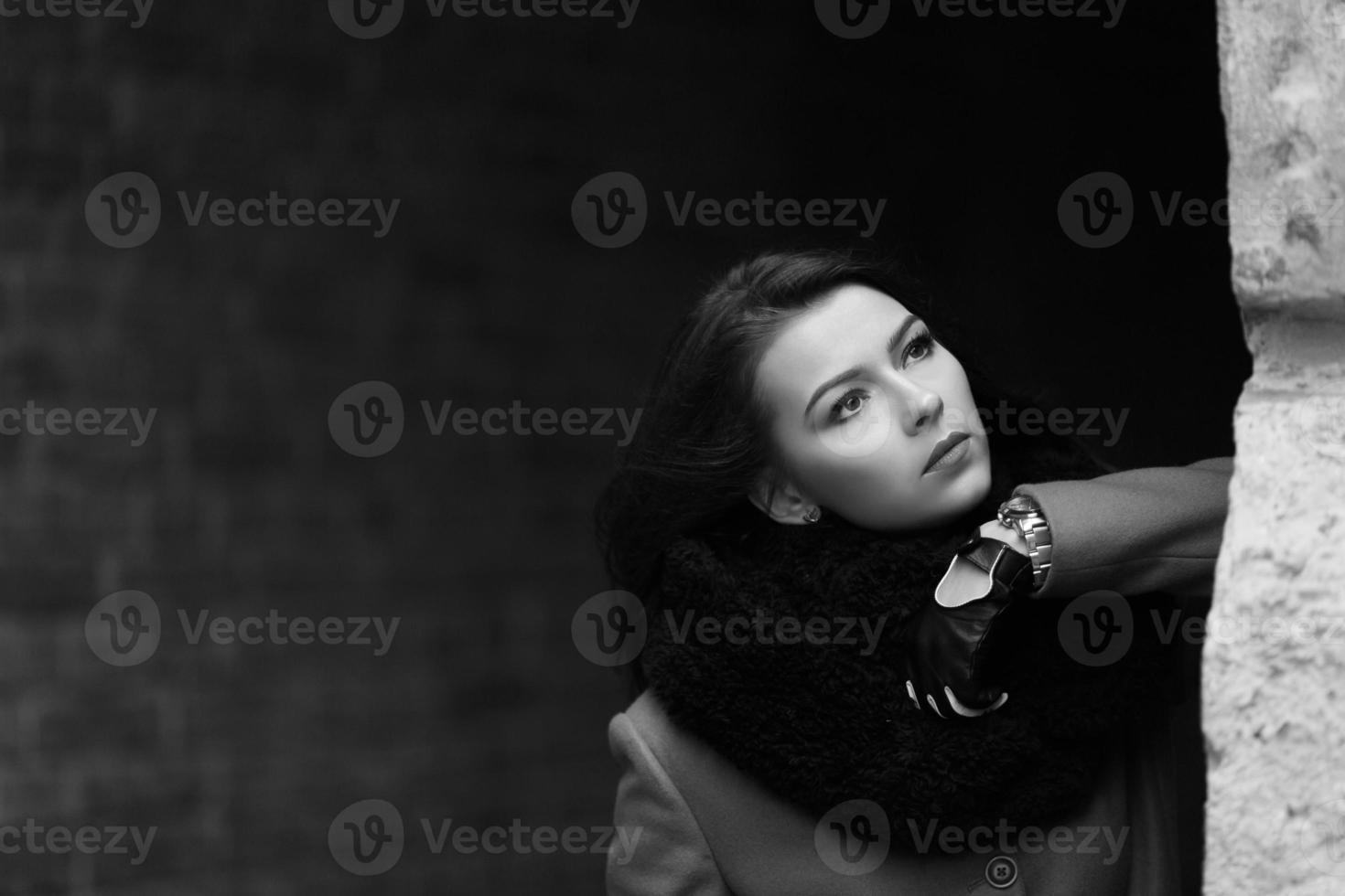 foto della ragazza con luce naturale