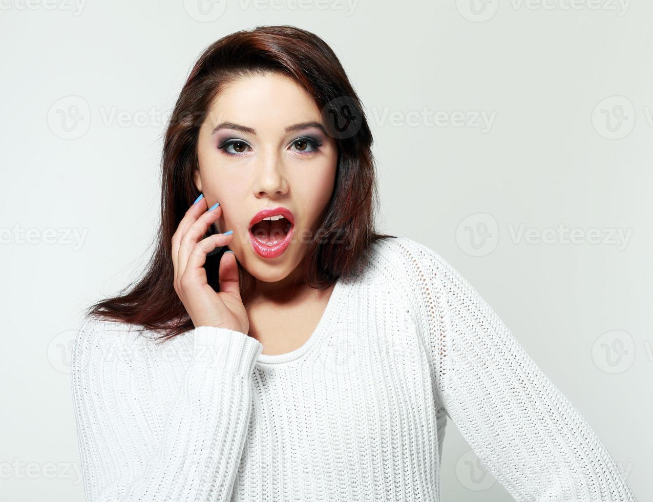 donna scioccata foto