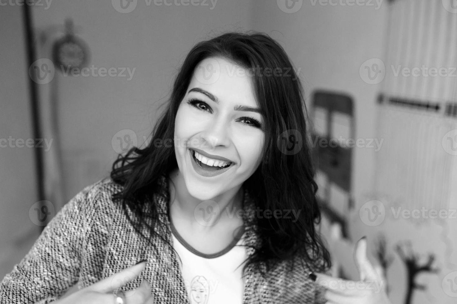 foto della ragazza con la luce di studiol
