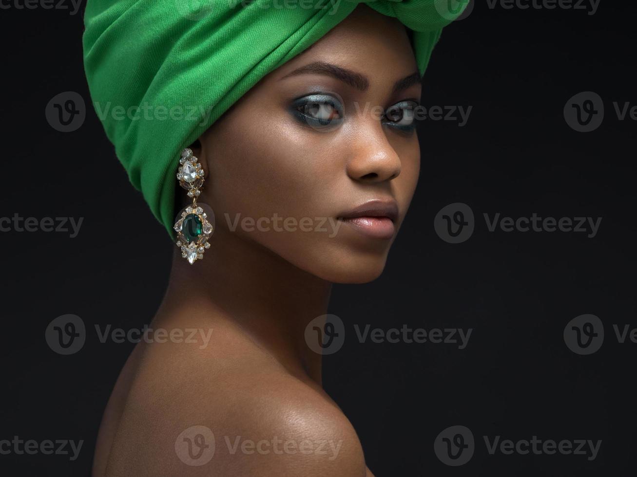 donna africana foto