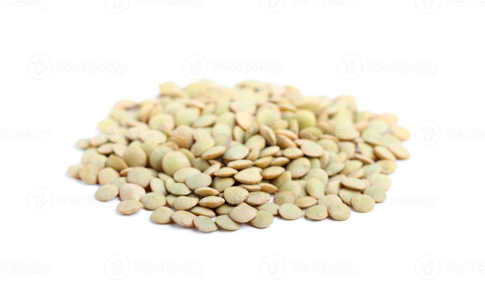 primo piano di lenticchie secche. foto