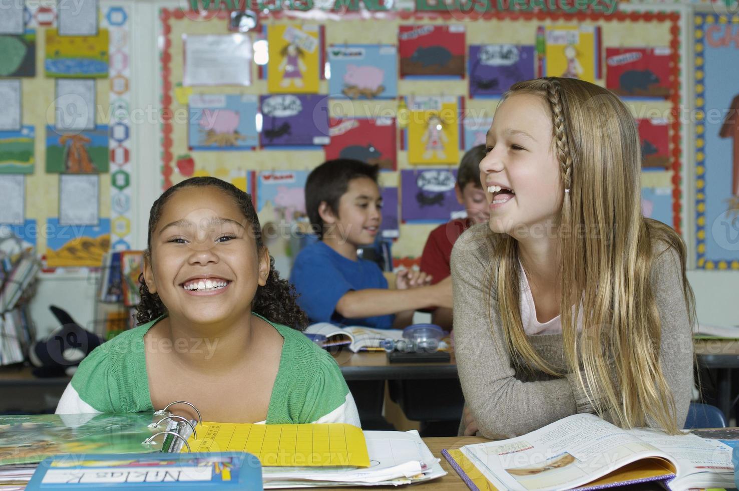 bambini a scuola foto