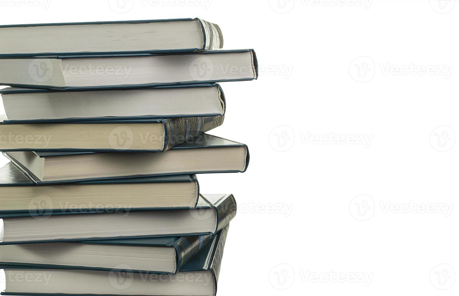 pila di nuovi libri simili foto