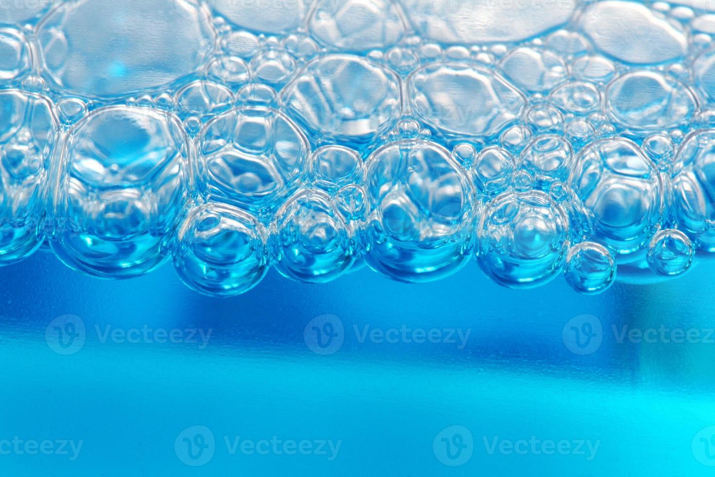 sapone con bolle sullo strato superiore foto