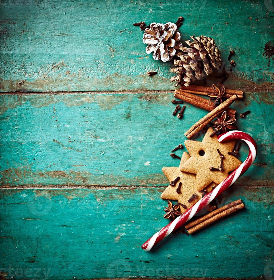 biscotti e spezie di pan di zenzero per cottura di natale foto