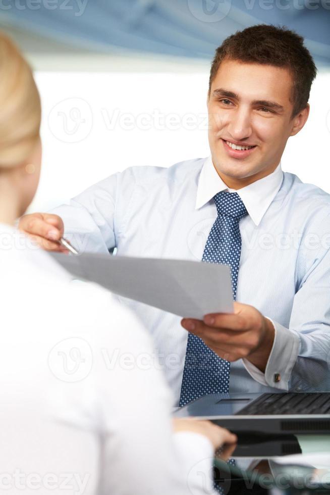 prima di firmare il contratto foto