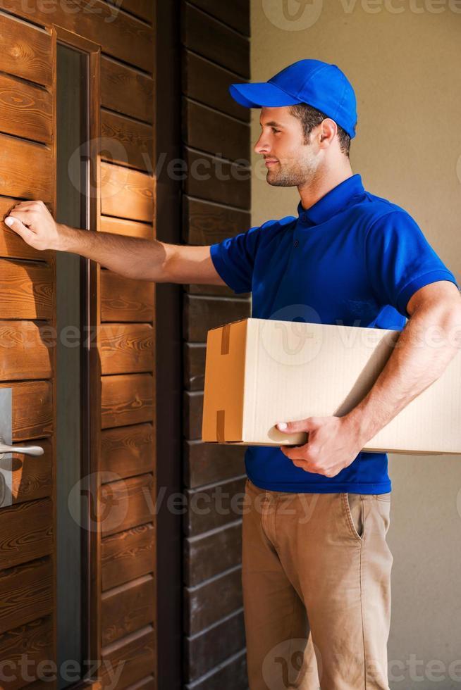 consegna direttamente a casa tua. foto