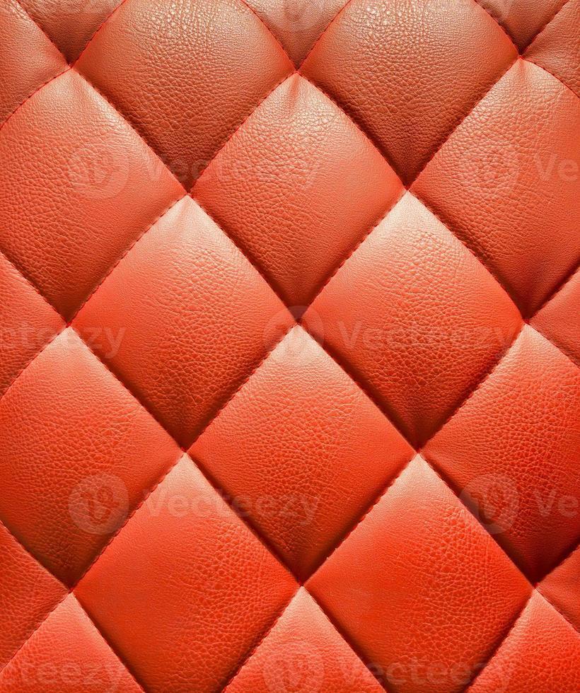 tappezzeria in pelle rossa sullo sfondo del modello foto