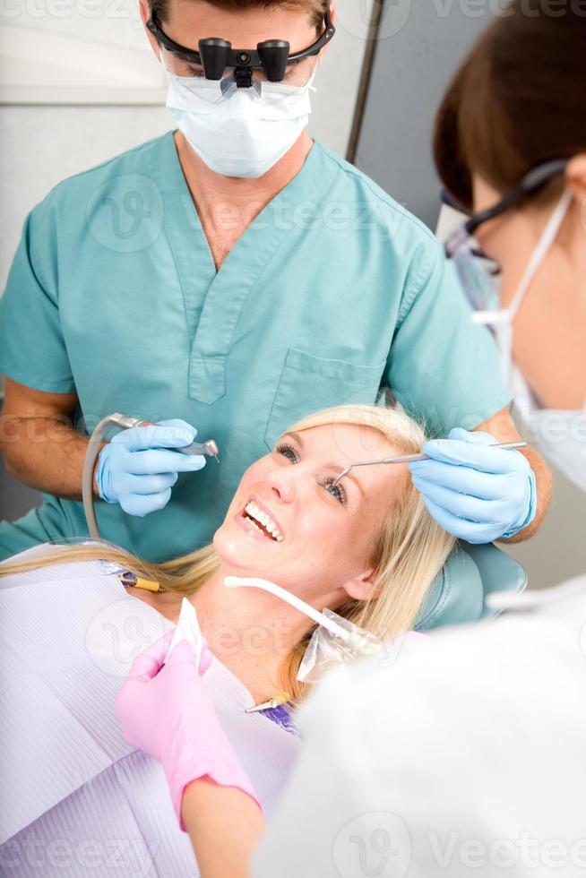 paziente dentista foto