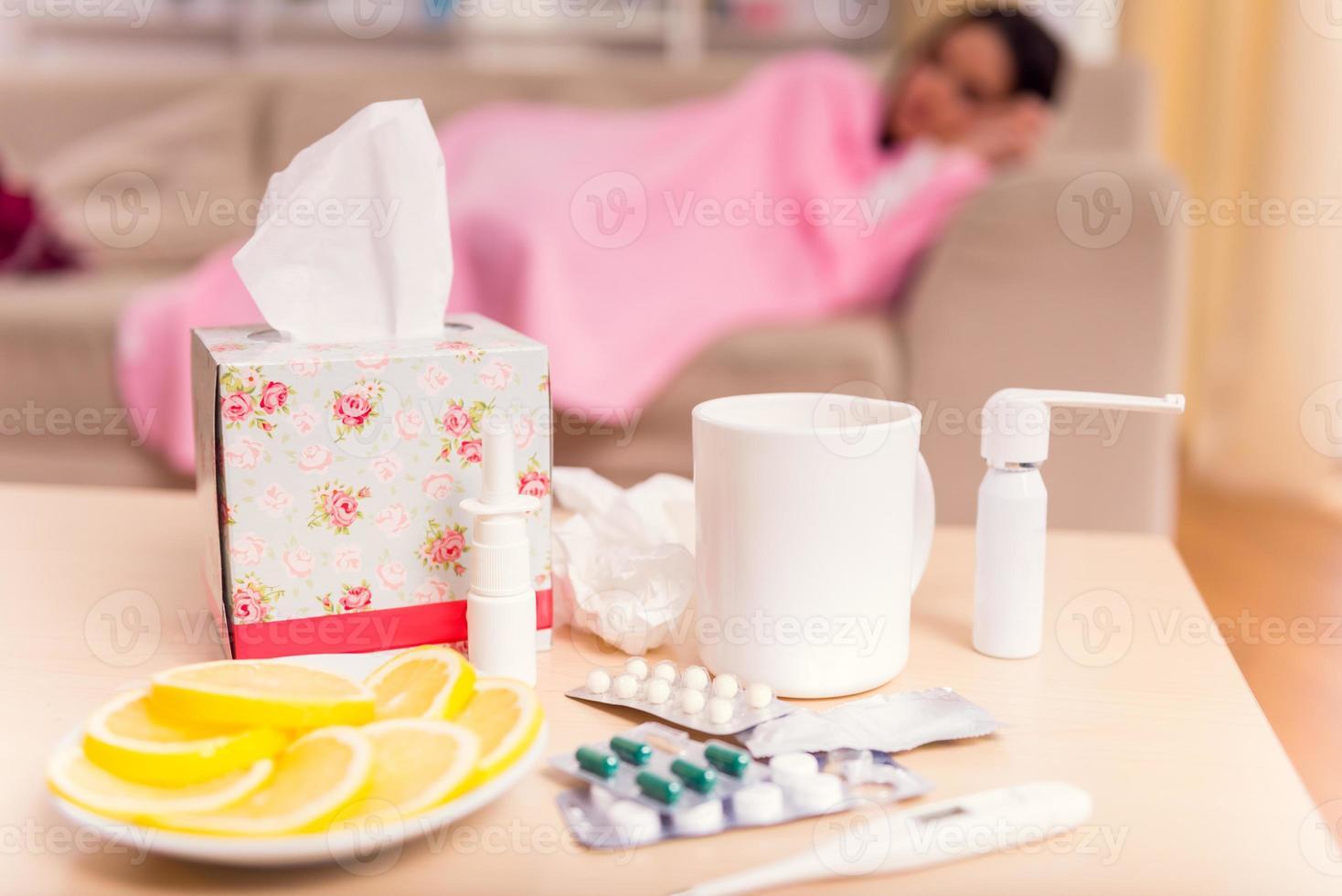 donna giovane malattia foto
