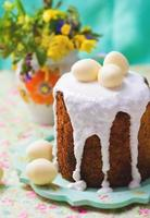 torta pasquale kulich foto