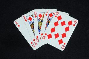 mano di poker - scala reale. foto