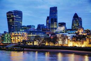 città di Londra di notte foto
