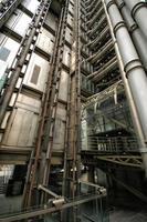 condotto dell'ascensore. Lloyd's Building, Londra. foto