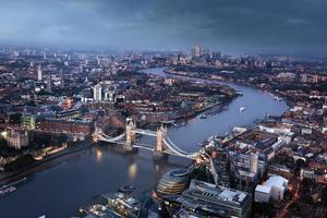 vista aerea di Londra con il Tower Bridge, Regno Unito