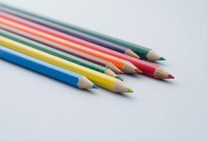 pastelli colorati in legno foto