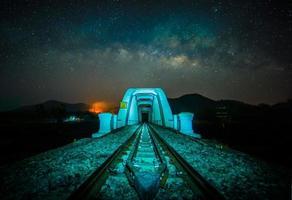 ponte verso la galassia foto