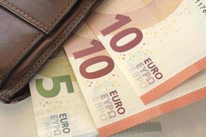 euro e portafoglio foto