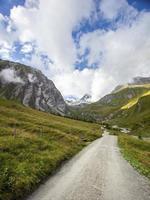la montagna più alta del Grossglockner in Austria foto
