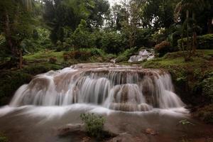 Tailandia Chiang Mai Fang cascata