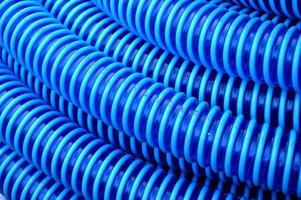 sfondo blu tubo di plastica foto