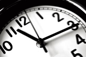 il tempo che passa - orologio da parete foto