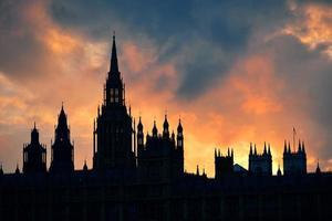 sagoma del palazzo di Westminster foto