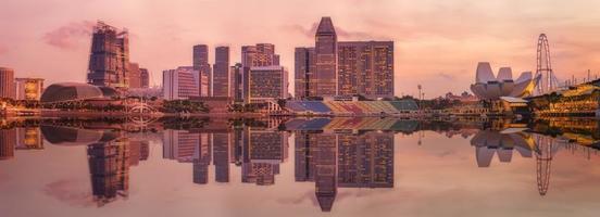 skyline di Singapore e vista sulla baia di marina