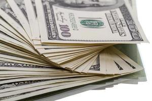 mucchio di banconote da $ 100 dollari foto