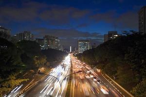 sentieri del traffico foto