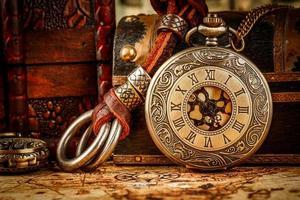 orologio da tasca vintage foto