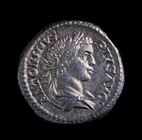 moneta d'argento romana - antonino foto
