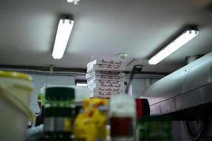 scatola per pizza in cartone foto