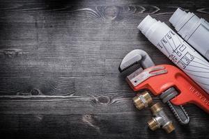 piani di costruzione di raccordi idraulici in ottone chiave inglese foto