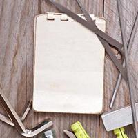 strumenti di carta e metallo foto