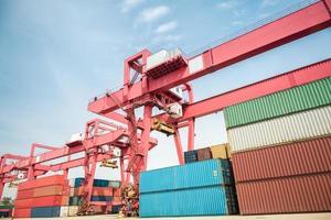 deposito merci container foto