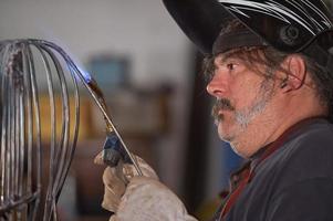 lavoratore torcia operaio-metallo lavoratore in officina foto