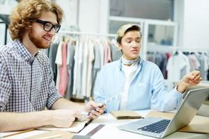 designer nello showroom foto