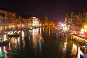 canal grande a venezia foto