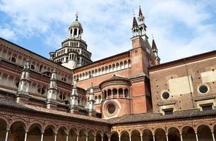 monastero italiano certosa di pavia foto