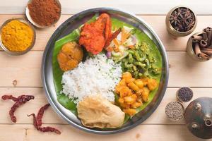 vista dall'alto di riso misto indiano foto