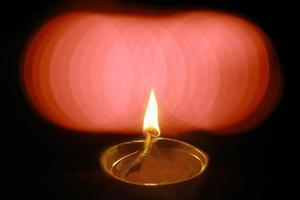 lampada ad olio nel festival di diwali, india.